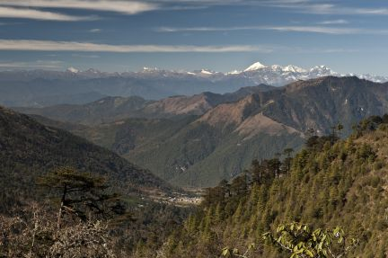Central Bhutan - Himalaya mountains - Photo Jens Kirkeby